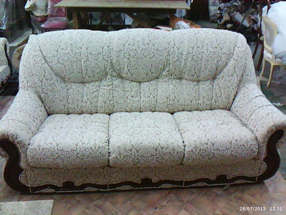 Перетяжка диванов в мастерской фаэтон